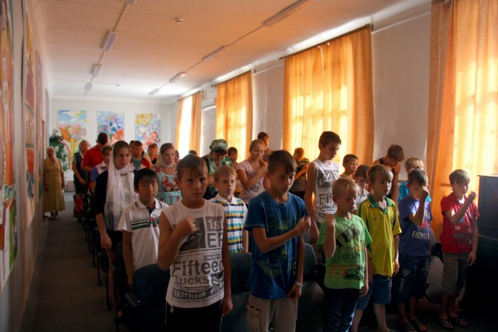 Молебен об учащихся в Серафимовичском детском доме.