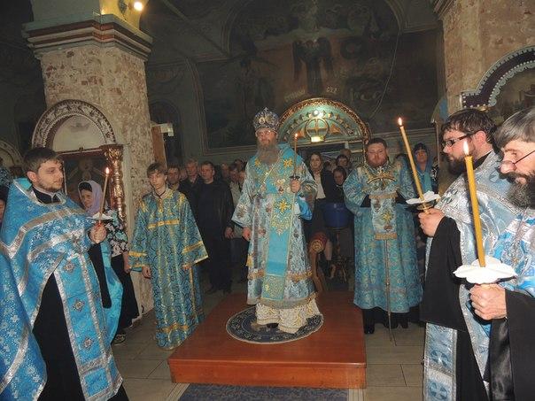 Всенощное бдение в Покровском кафедральном соборе.