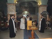 В храмах Урюпинской и Новоаннинской епархии молятся об упокоении погибших в результате крушения самолета Ту-154 Минобороны России.
