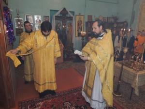 Божественная литургия в храме сщмч. Зотика Сиропитателя