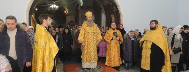 Вечерня с чином прощения в Покровском кафедральном соборе г. Урюпинска.