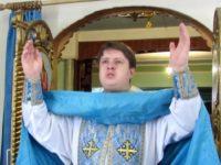 Праздничная Божественная литургия в храме прп. Сергия игумена Радонежского г. Урюпинска.