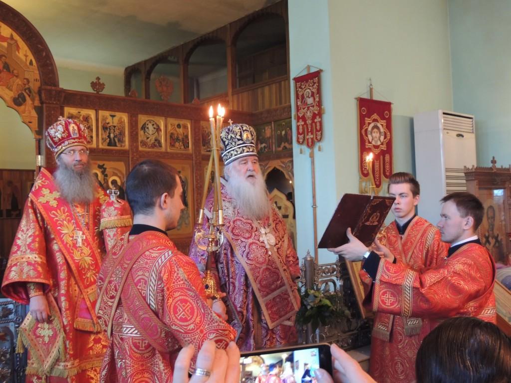 В Свято-Духовом монастыре г. Волгограда молитвенно почтили память священномученика Николая (Попова) пресвитера иже в Верхнем Гнутове.