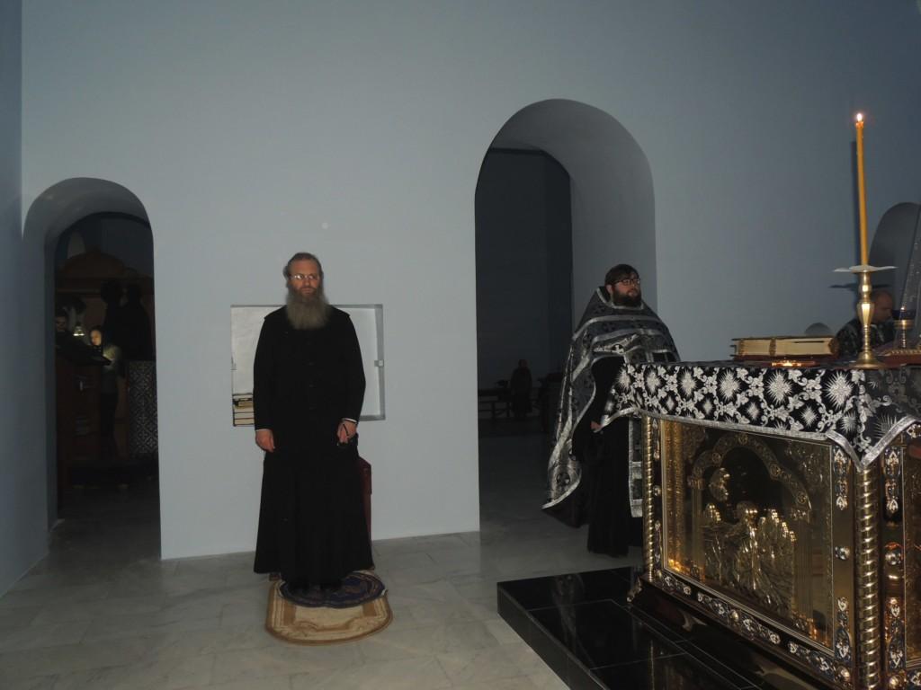Уставное богослужение в Покровском кафедральном соборе города Урюпинска.