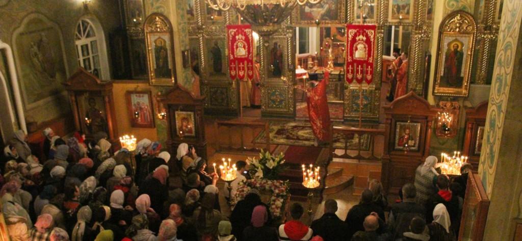Праздничное Пасхальное Богослужение в Михайловке.