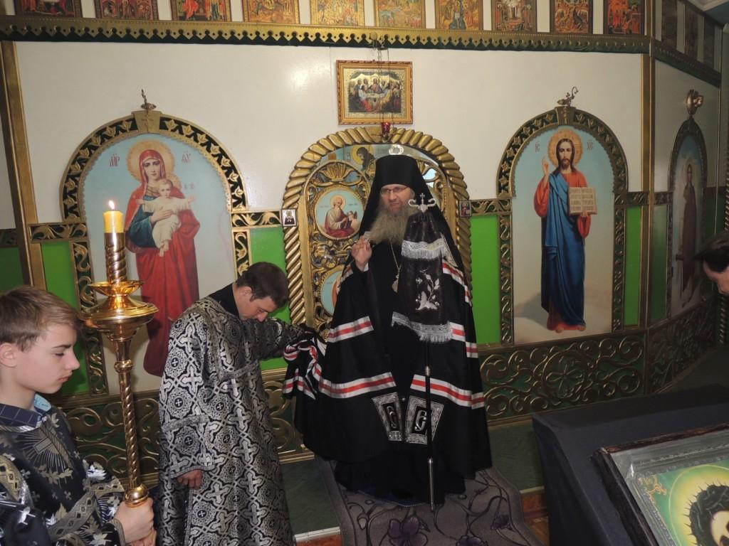 Служение епископа Елисея в Великую Среду.