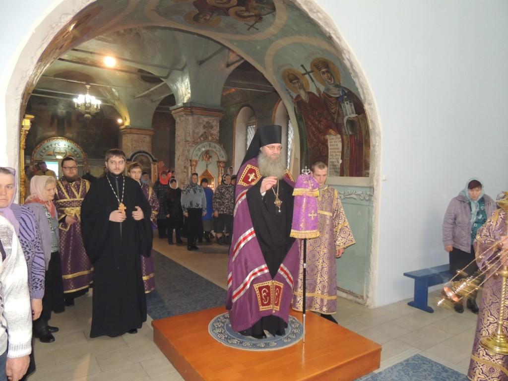 Служение епископа Елисея в канун 5-й недели Великого поста.