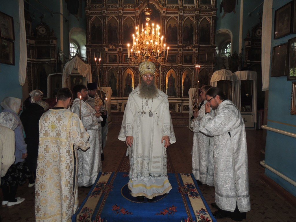 Служение епископа Елисея в канун 7-й недели по Пасхе, святых отцов I Вселенского Собора (325 г.).