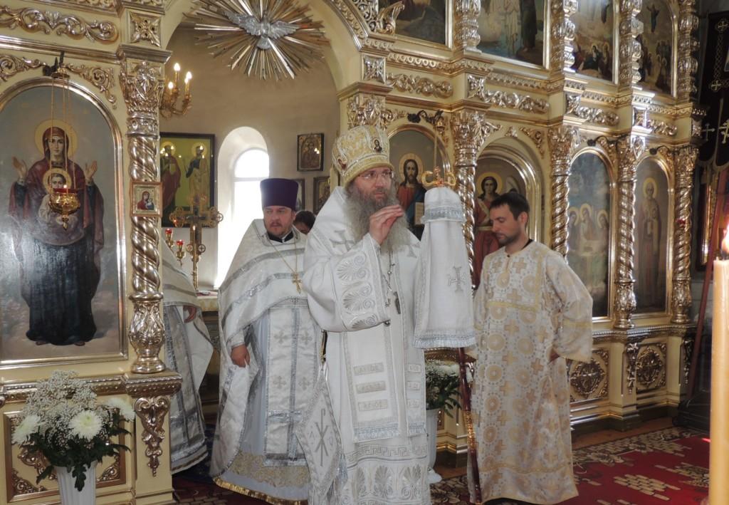 Cлужение епископа Елисея в 7-ю неделю по Пасхе, святых отцов I Вселенского Собора.