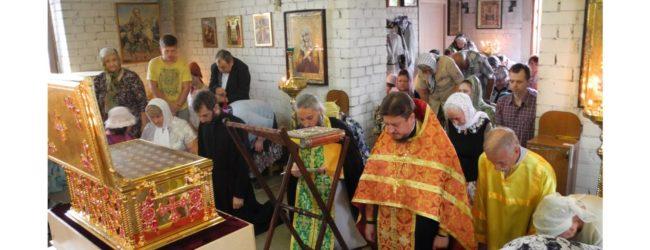 В г. Урюпинске встретили ковчег с мощами 54-х новомучеников и исповедников Российских.