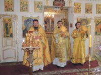 Божественная литургия в храме святого Апостола и евангелиста Иоанна Богослова в ст. Нехаевской.