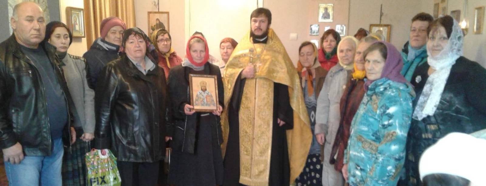 Освящение молитвенной комнаты в с. Новинка.