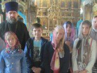 Учащиеся Еланской средней школы №3 посетили храм Сошествия Святого Духа.