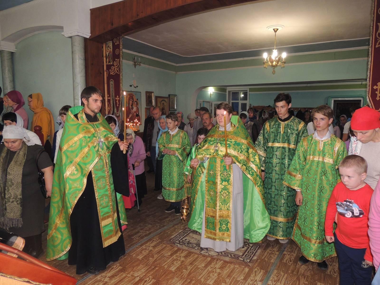 В канун 18-й недели, дня памяти прп. Сергия игумена Радонежского.
