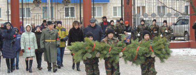 Акция памяти ко Дню неизвестного солдата.