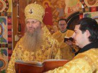 Божественная литургия в храме святого князя Димитрия Донского.
