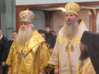 Божественная литургия в Свято-Духовом мужском монастыре г.Волгограда.