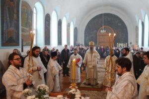 Божественная литургия в храме Преображения Господня в ст. Преображенской