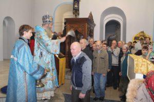 Вечерня с чтением акафиста иконы Божией Матери Урюпинской в Покровском кафедральном соборе