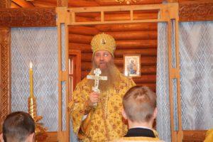 Божественная литургия в храме Успения Пресвятой Богородицы ст. Арчединской