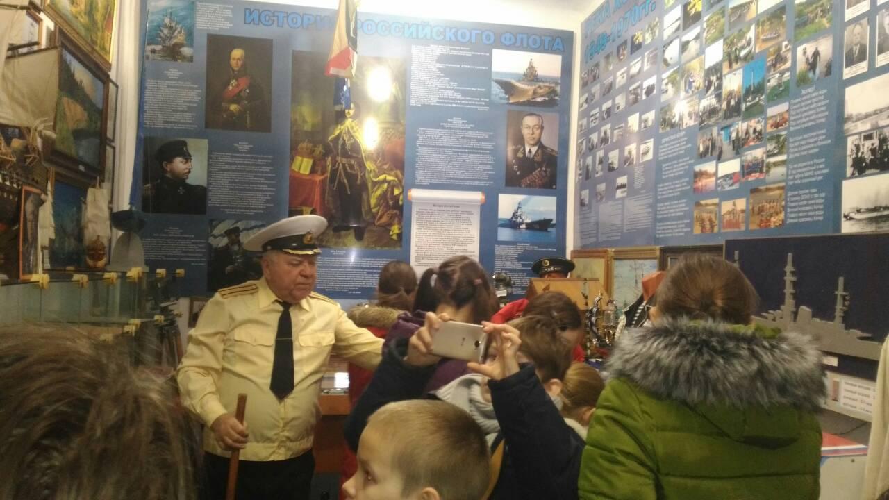 Воспитанники Воскресной приходской школы «Феофания»  посетили Урюпинский «Клуб Моряков».