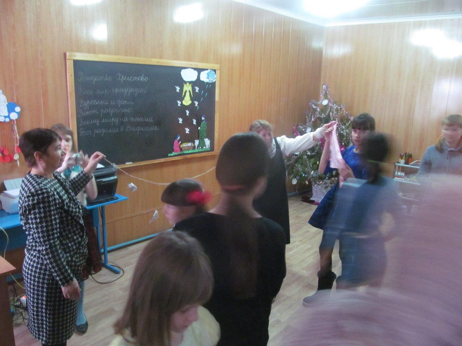 Рождественская елка в воскресной школе Еланского храма Сошествия Святого Духа.