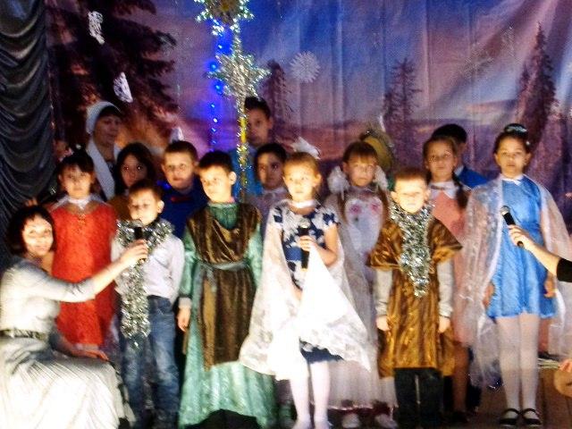 Рождественская Елка Жирновского благочиния.