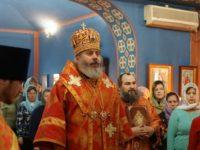 Божественная литургия в храме Святых новомучеников в г. Волжском.