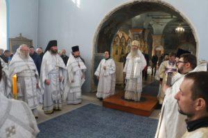 Божественная литургия в кафедральном соборе Покрова Пресвятой Богородицы г.Урюпинска