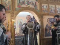 Божественная литургия Преждеосвещенных Даров в храме Покрова Пресвятой Богородицы в пос.Панфилово.