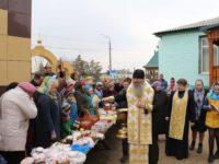 Великая суббота освящение пасок и куличей архиереем на приходах
