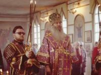 Божественная литургию в храме Архистратига Божия Михаила в х. Алексиковском.