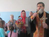 Праздничное Пасхальное богослужение в Еланском храме Сошествия Святого Духа