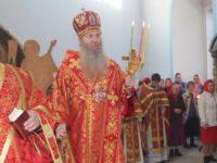 Божественная литургия в Покровском кафедральном соборе г. Урюпинска в сослужении духовенства Урюпинской епархии.
