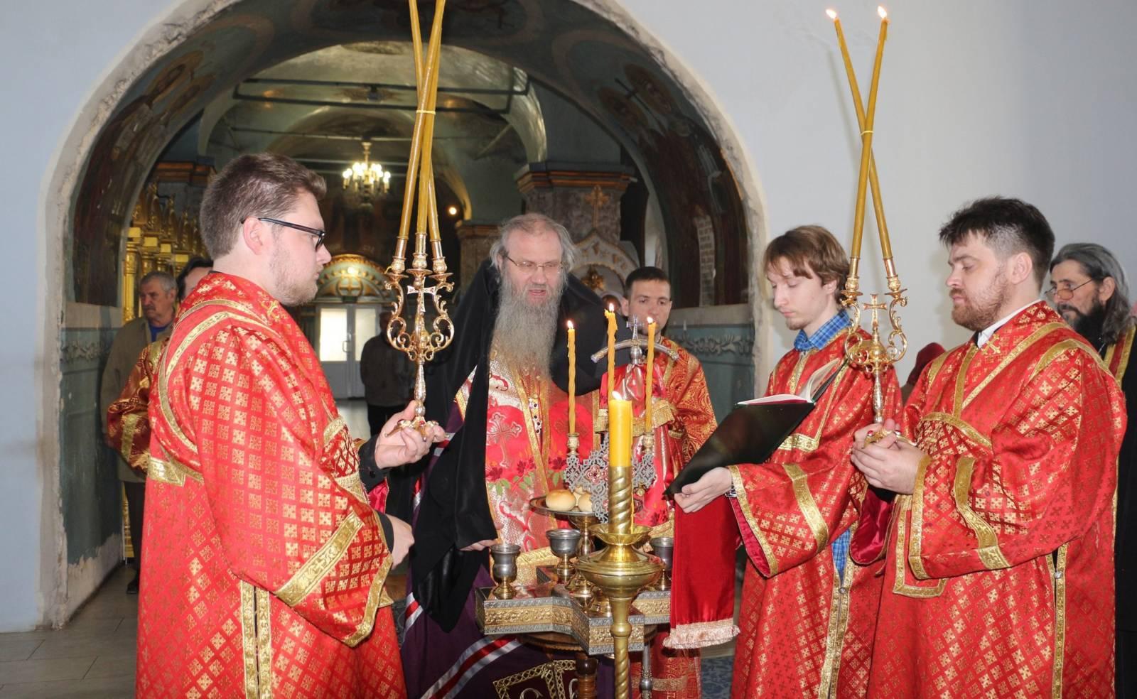 Всенощное бдение в Покровском соборе г. Урюпинска.