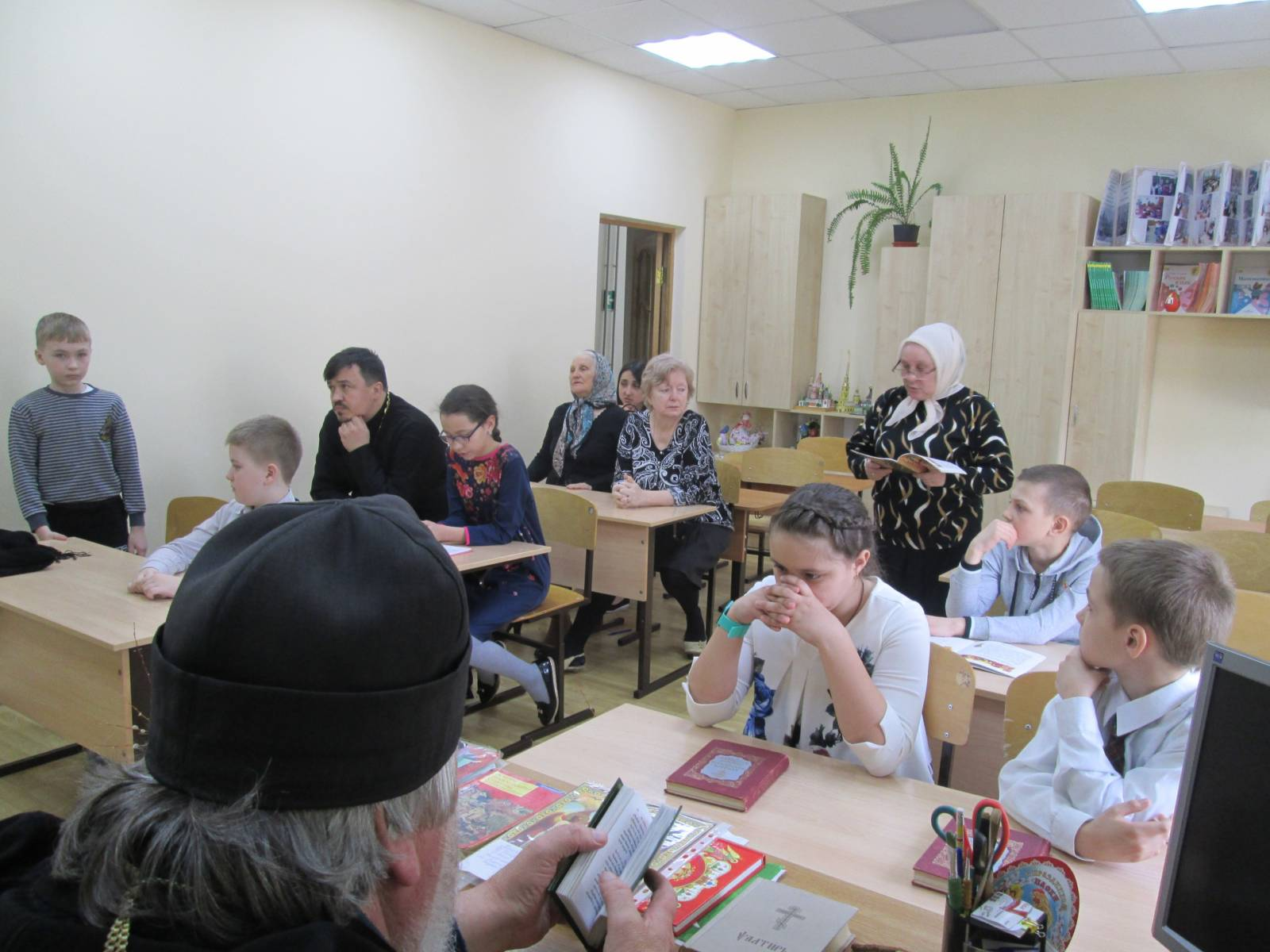 Первый этап конкурса чтецов на церковнославянском языке.