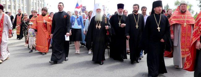 Епархиальный крестный ход состоялся в Волгограде 9 Мая.