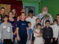Завершающая встреча учеников школы со своими друзьями-волонтерами ПМК «СВЕТОЧ» и «ЛОГОС».