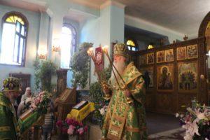 Праздничное богослужение в День Святого Духа в Свято-Духовом мужском монастыре г. Волгограда