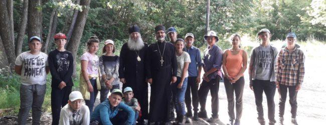 Епископ Елисей посетил приписные приходы Сретенской церкви станицы Михайловской.