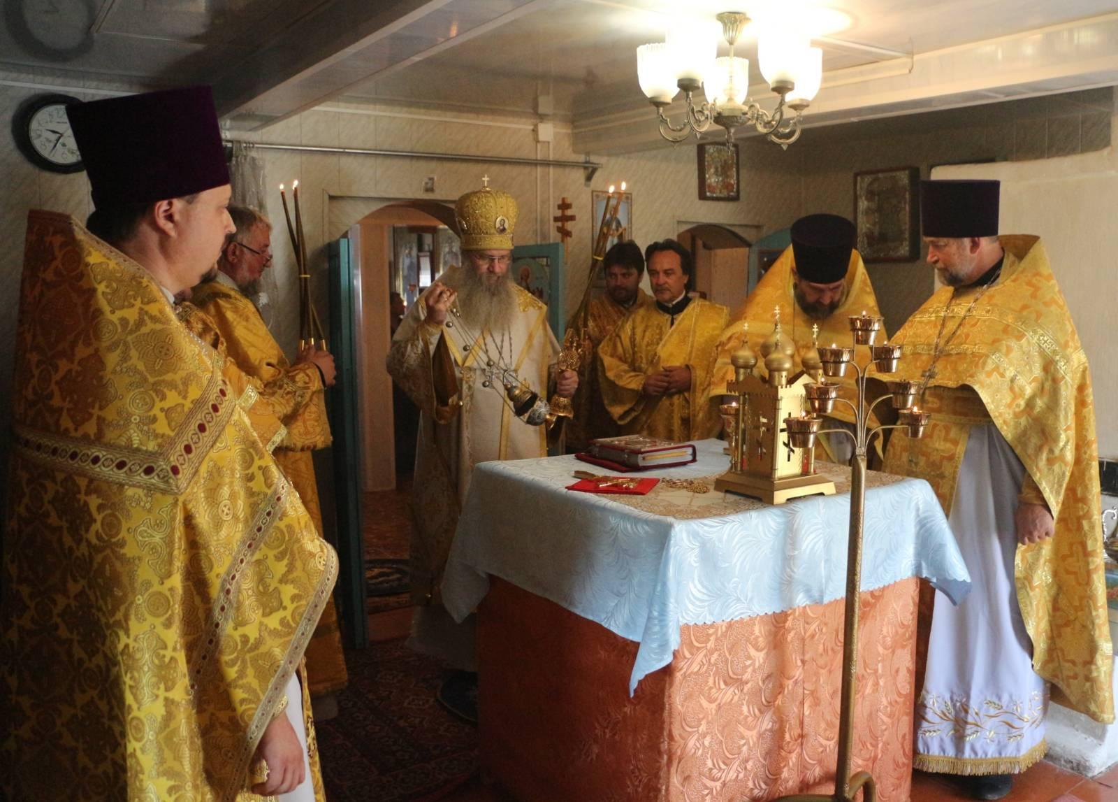 В День памяти Перенесение мощей прп. Феодосия Печерского.