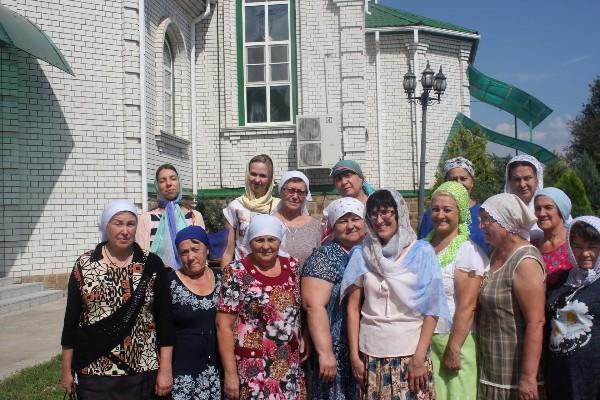 Паломническая поездка в День празднования Почаевской иконы Божией Матери на святой источник.