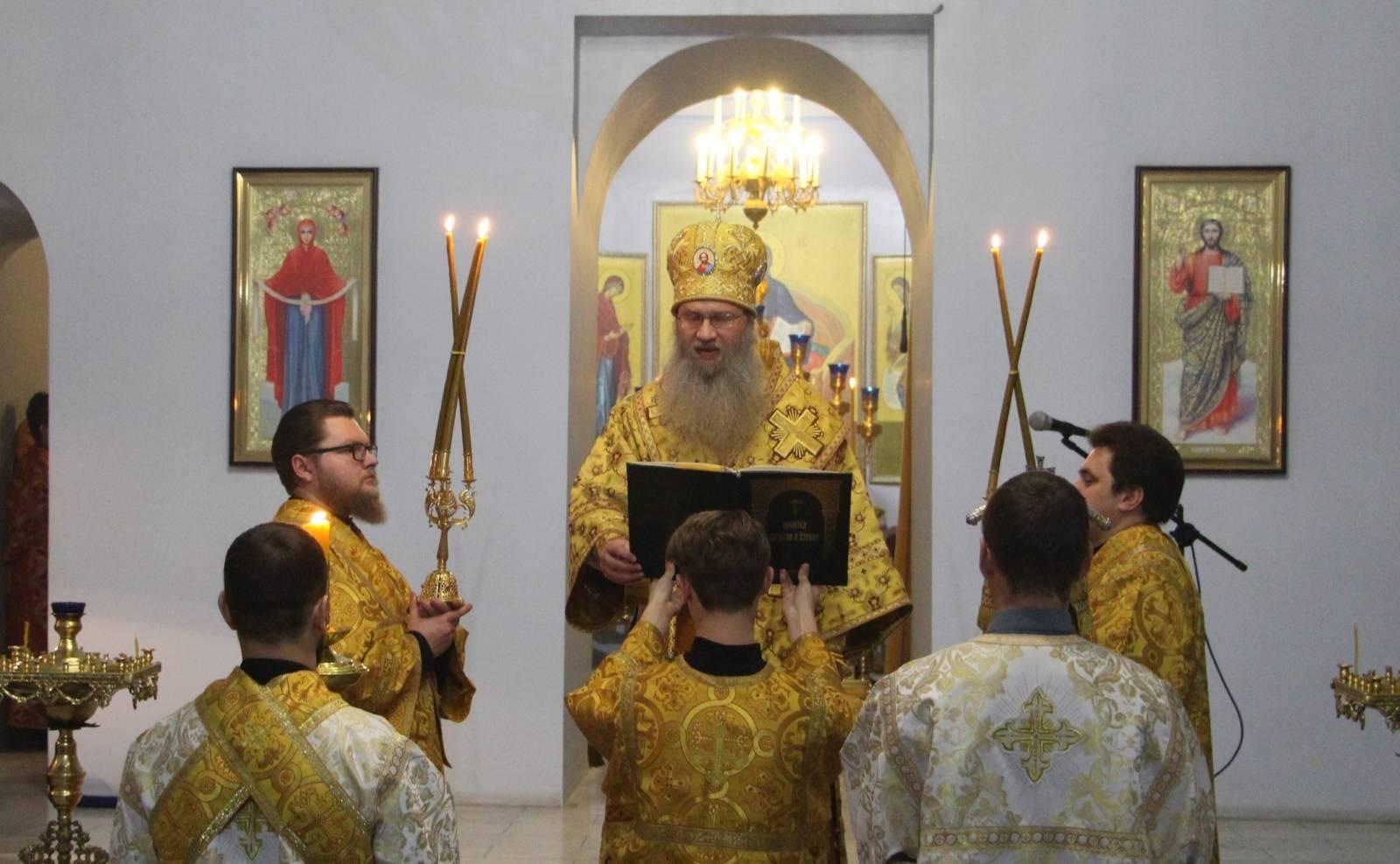 В канун 31-й недели по Пятидесятнице, День памяти святых праотец.