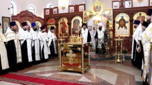 Митрополит Волгоградский и Камышинский Феодор совершил панихиду на Мамаевом кургане