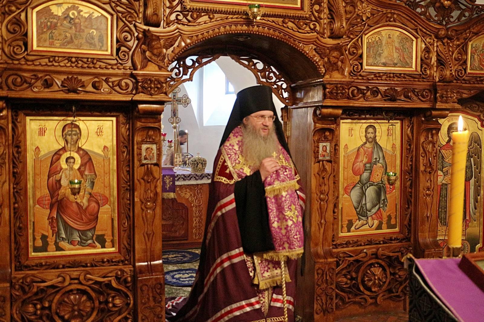 Божественная Литургия в Спасо-Преображенском женском монастыре г. Серафимович.