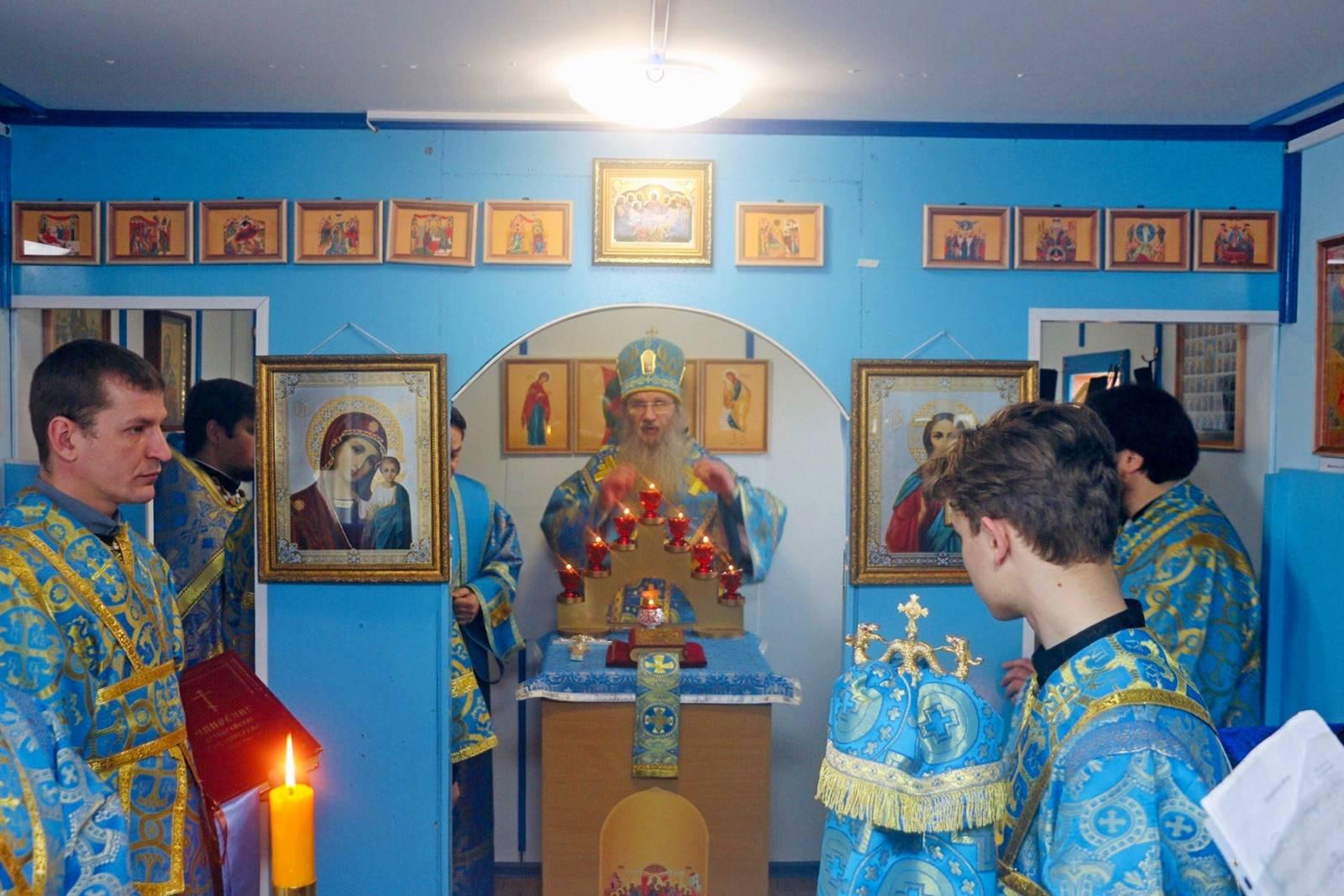 В неделю 4-ю Великого поста, Благовещение Пресвятой Богородицы.