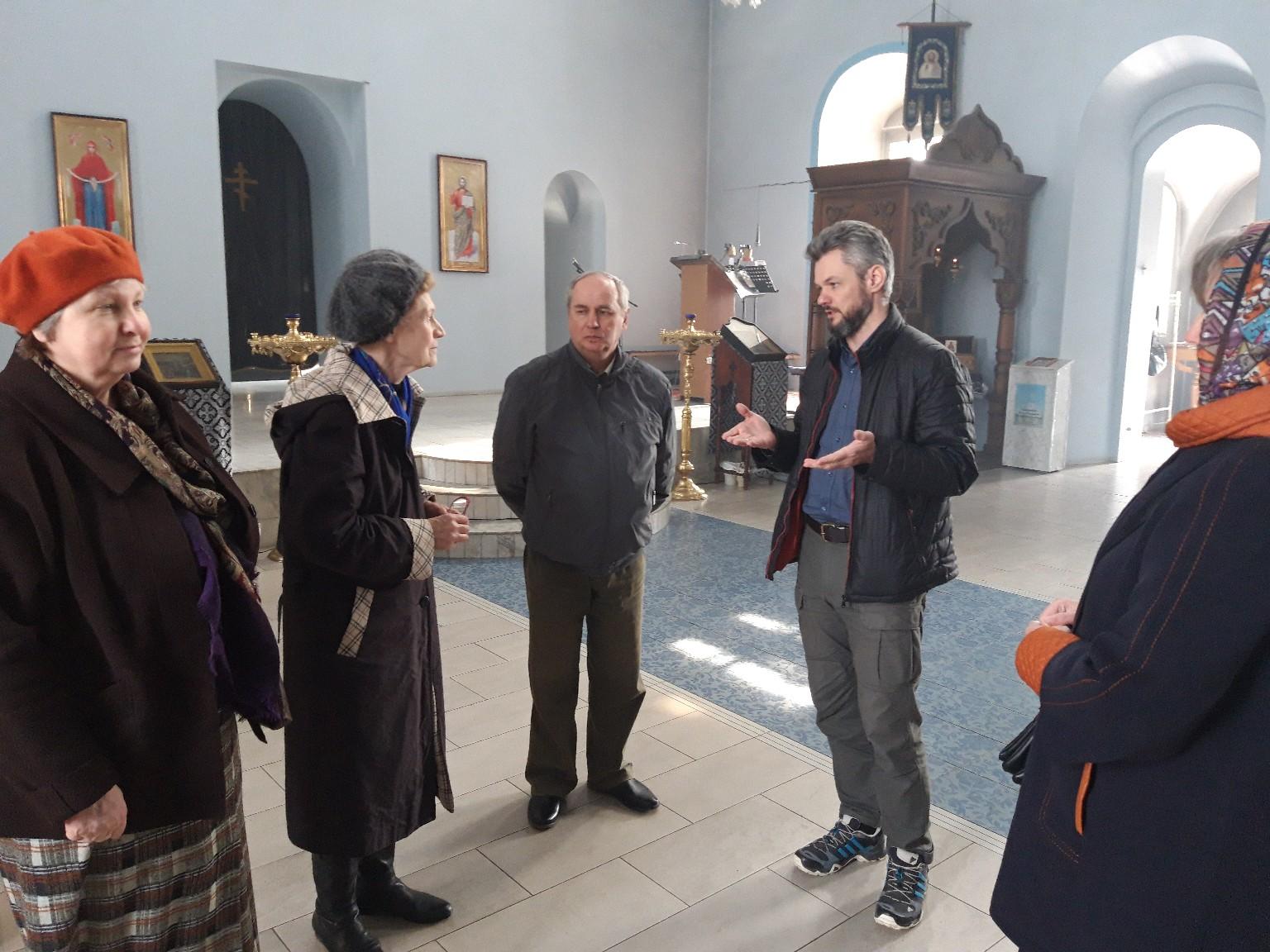 Покровский собор посетила рабочая группа специалистов по реставрации памятников истории и культуры.