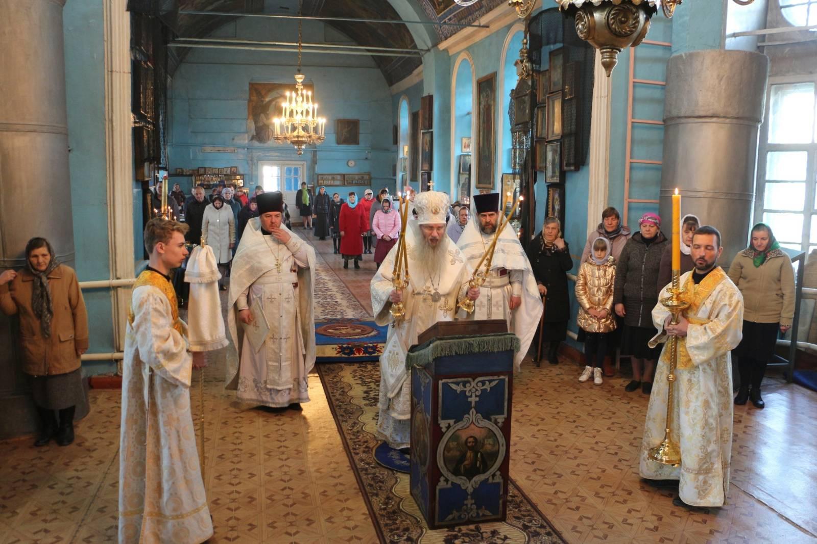 В Седмицу 6-ю Великого поста (седмица ваий), Лазарева суббота.