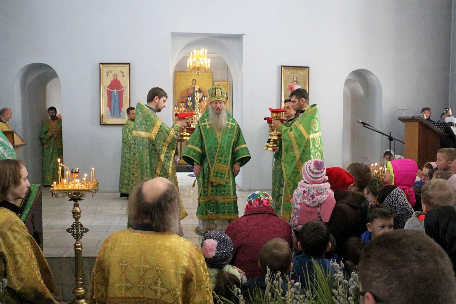 В Неделю ваий, праздник Входа Господня в Иерусалим.