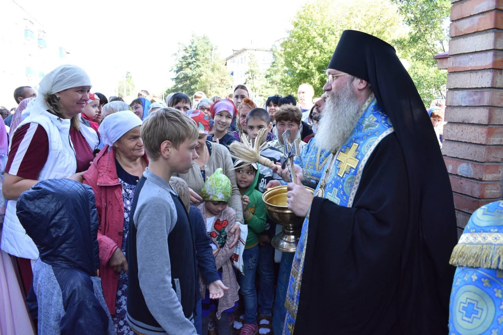 Молебен для учащих и учащихся в Урюпинске